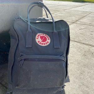 Fjallraven Kånken Backpack in Grey